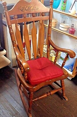 Early Americana Vtg/Antique Oversized Solid Oak Rocking Chair; Decor Stencil