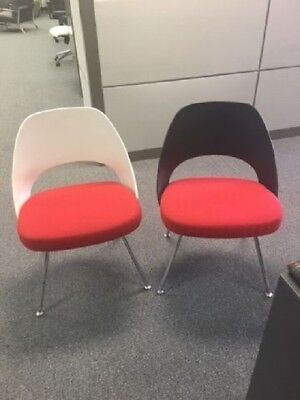 Knoll  Saarinen side chair with  Plastic Back