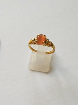 Lovely Vintage Lt. Peach Cats Eye Glass Stone Cabochon Gold Tone Ring Size 7.75