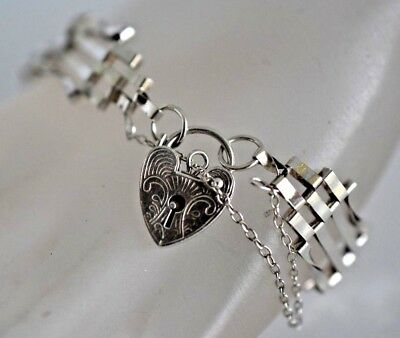 Vintage MARY Hallmarked Sterling Silver Puffy Heart Padlock Clasp Lock Bracelet