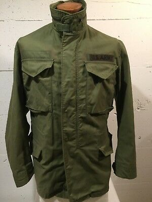Nice Vintage US Army Green Cold Weather Field Coat Jacket, Size Medium