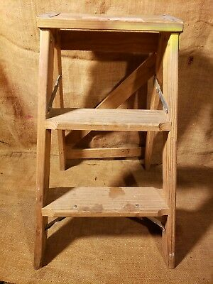 Vintage Wood Wooden Two Foot 2 Step Ladder Rustic Primitive Shabby Decor