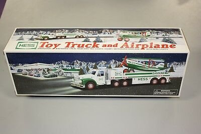 Hess 2002 Toy Truck and Airplane New In Box  CF23