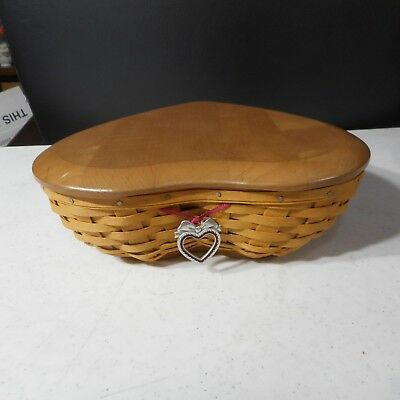 Longaberger 2004 Sweetest Heart Basket, Liner & 2 Protector with Lid