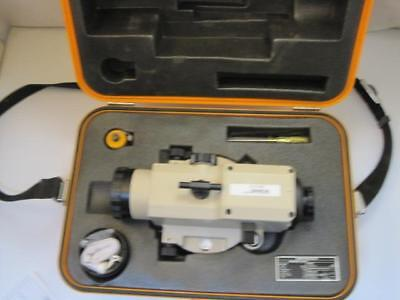 13362 Lutz 612180 AW-30 Survey Surveying Level Transit Sight Case & Accessories