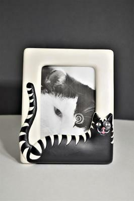 """Vintage White & Black Hand Painted Molded Clay Picture Photo Frame 5.25"""" x 4"""""""