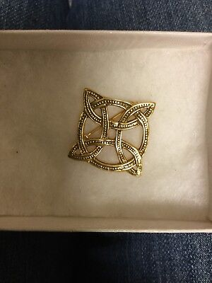 Vintage Brooch Pin SIGNED 1982 MMA metropolitan museum of art Celtic Design