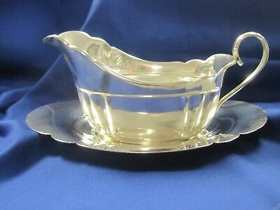 Vintage Wallace Sterling 212 Gravy / Sauce Boat With Serving Tray ~ Quincy