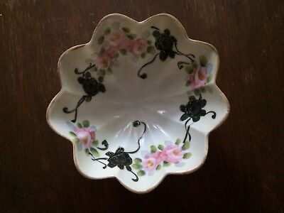Antique Nippon, Hand Painted Floral Pattern Porcelain Gold Trim Tri-Footed Bowl