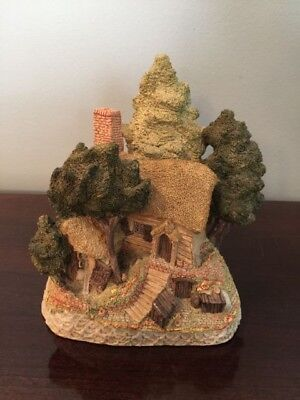 "David Winter ""Hermits Humblehome"" 1985 signed by David Winter"