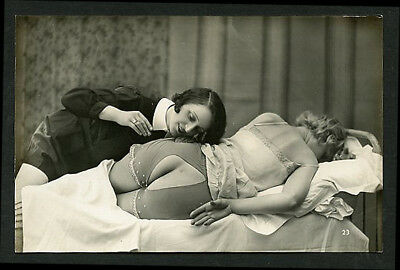 French OSTRA Studio LESBIAN Couple Split Panty Submissive 1920s ~ PARIS Latest!