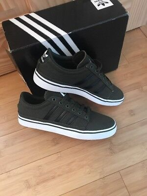 premium selection f5656 15138 Adidas Rayado Trainers Size 6 Adults BNIB Cargo Green  Black AWAY 12-19 NOV