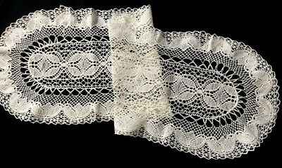 """Rare Edwardian Beautiful White Runner Bobbin Lace made with Medallion Tape 38"""" x"""