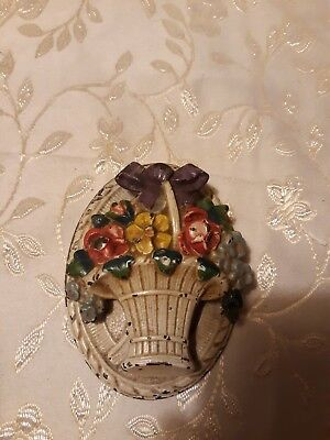 "Vintage Shabby Chic  Hubley #616 Cast Iron ""Flowers/splint basket"" Door Knocker"
