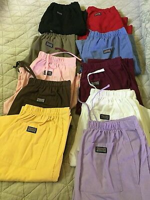 Lot Of Scrubs Xs, And XXS Tops And Pants