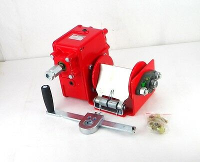 Hand Winch,Worm Gear,w/ Brake,2000 lb. DAYTON 35Z849