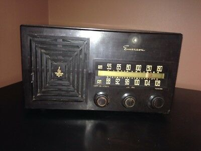 Vintage 1950's  Emerson AM/FM Tube Radio Bakelite (Parts Only)
