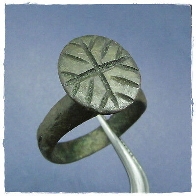 ** Jesus' CROSS  **  ancient BRONZE  Roman ring !