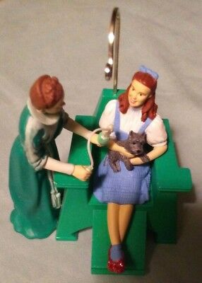 Emerald City Style The Wizard Of Oz Hallmark Keepsake Ornament 2008