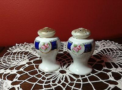 Antique NIPPON porcelain salt and pepper Shakers 1880-1921