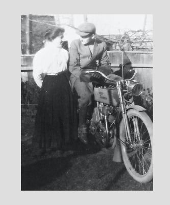 HARLEY DAVIDSON (,20s or before ) ,early biker and wife / girlfriend ?! ( PRINT)