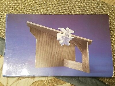Avon Nativity Collectibles 1985 The Stable NIB for Porcelain Figurine Angel