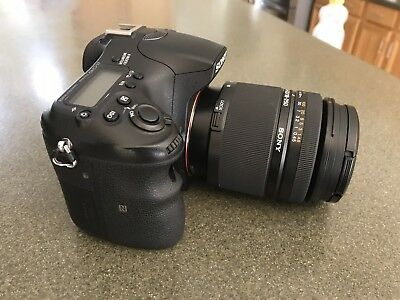 Sony Alpha a77 II 24.3MP Digital SLR Camera w/Sony SAL 18-250 DT Lens