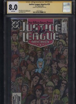 Justice League America #29 CGC 8.0 SS Kevin Maguire 1989 GIFFEN DEMATTEIS