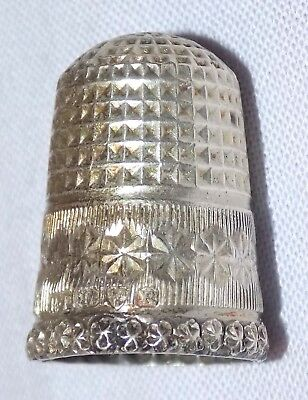 Antique Hallmarked Sterling Silver Sewing Thimble Robert Pringle & Sons 1917