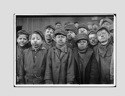 KIDS taking break for photo ( coal factory), EARLY 1900 ! ( PRINT)