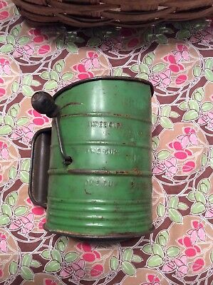 Vintage Green Bromwell's Measuring Metal Sifter With Wood Handle 3 Cups
