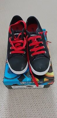 Heelys Size 5 Black and Red