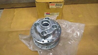 Genuine Yamaha Rear Wheel Hub 3MW-25311-00-38 SR125 92-96