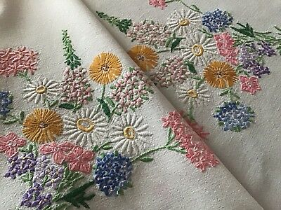 Beautiful Vintage Hand Embroidered Tablecloth ~ Pretty Raised Floral Posies