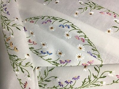 Stunning Large Vintage Linen Hand Embroidered Tablecloth ~ Daisy Circles