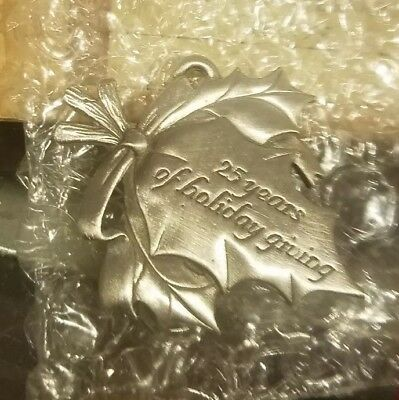 Longaberger 2005 Christmas 25th Anniversary Pewter Tie-On ~ NEW