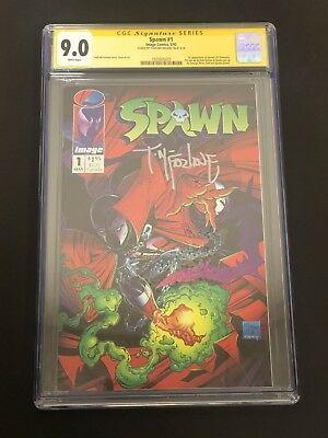 Spawn #1 CGC 9.0 Signed by Todd McFarlane! Image Comics 1992