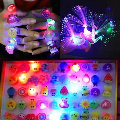 5/10Pcs Kids LED Flashing Glow in Dark Finger Rings Decor Xmas Party Funny Toy