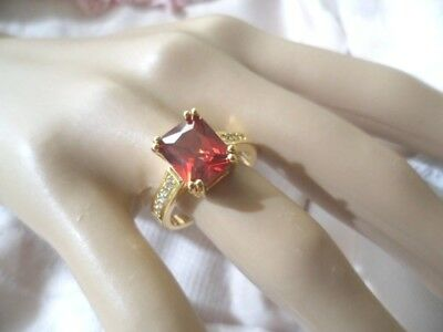 Antique Jewelry Gold Ring with Ruby and Sapphires Vintage Art Deco Jewellery