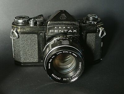 Pentax SV with Super Takumar 55mm f2 (from 1963, No built in meter)