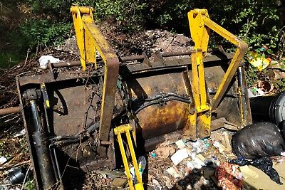 Jcb 3cx 4 In 1 Front Bucket with Fold over Forks NO VAT