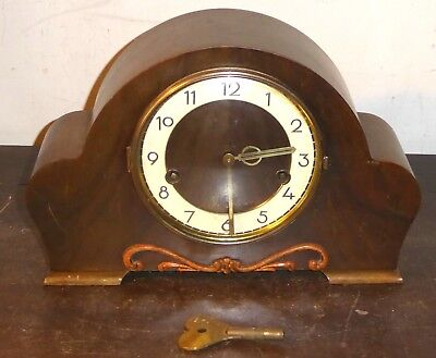 Wooden mantel clock, Hamburg American Clock Co., Westminster/Whittington chimes
