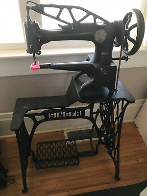 Singer 29-4 Leather Sewing Machine Cobbler Heavy Duty Cobbler Pick Up Only