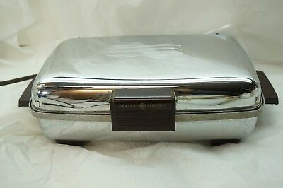 VINTAGE WAFFLE IRON GENERAL ELECTRIC GE 1950s CHROME 159G39 REMOVABLE PLATES d