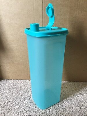 BRAND NEW Tupperware 2 litre Slimline Fridge door jug *** FREE POSTAGE ***