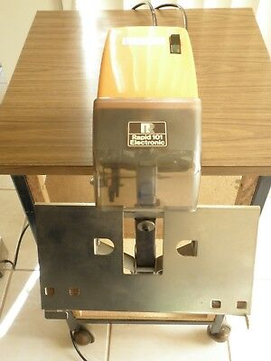 STAPLER ELECTRONIC RAPID 101 in superb condition. Now you pay only $500 !
