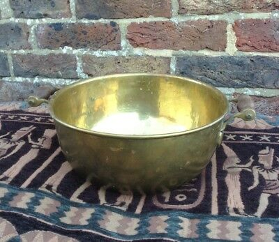 Vintage. Quality Brass Planter Plant Pot Bowl Wooden Handles