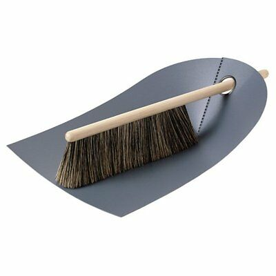 Normann Copenhagen Handfeger und Kehrblech Dustpan and Broom Dunkelgrau