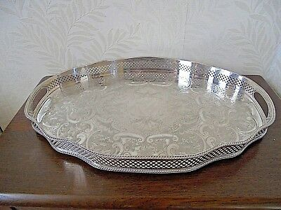 Superb Sheffield Silver Plated Serpentine Twin Handled Tray