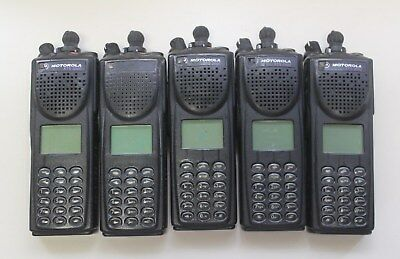 Lot of 5 Motorola XTS 3000 H09UCH9PW7AN Portable Two-Way Handie-Talkie FM Radios